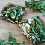 apple & fig flatbread with goatcheese