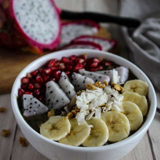 Dragon Fruit Acai Bowl 2