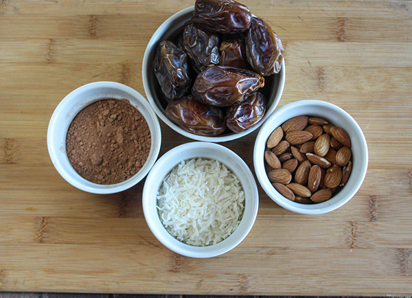 ingredients: dates, cocoa powder, coconut flakes and almonds