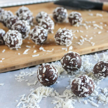 chocolate balls in coconut flakes