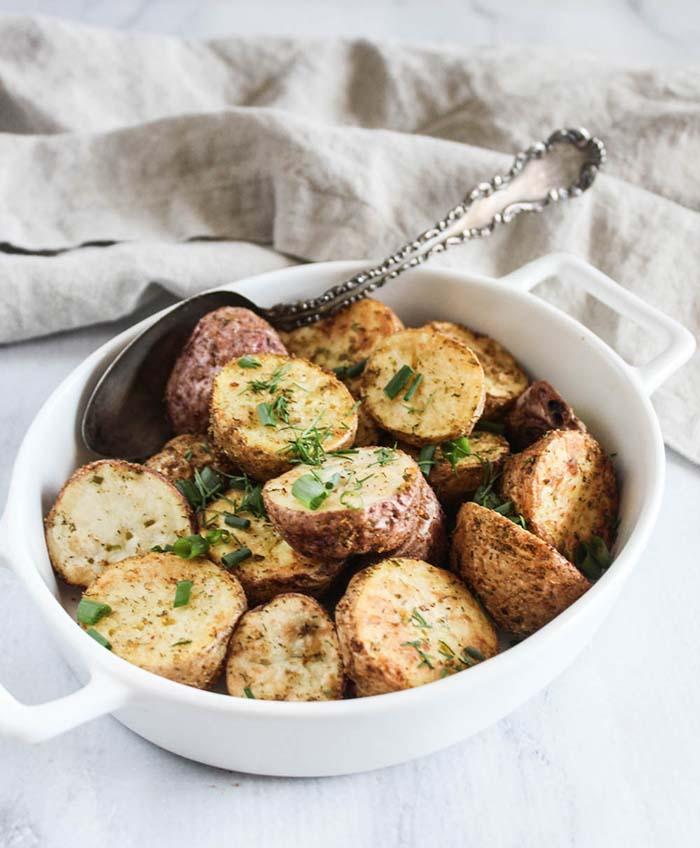 air fryer potatoes in  serving bowl